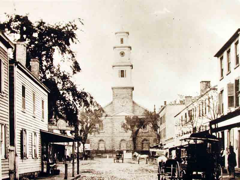 Hiram Square